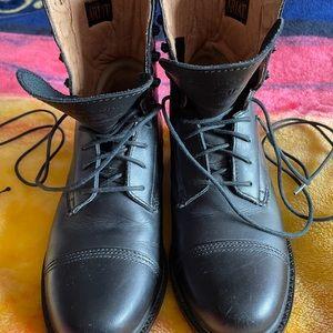 Ladies Ariat boots